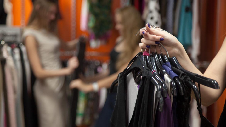 ¿Por qué personalizar tu ropa de trabajo?